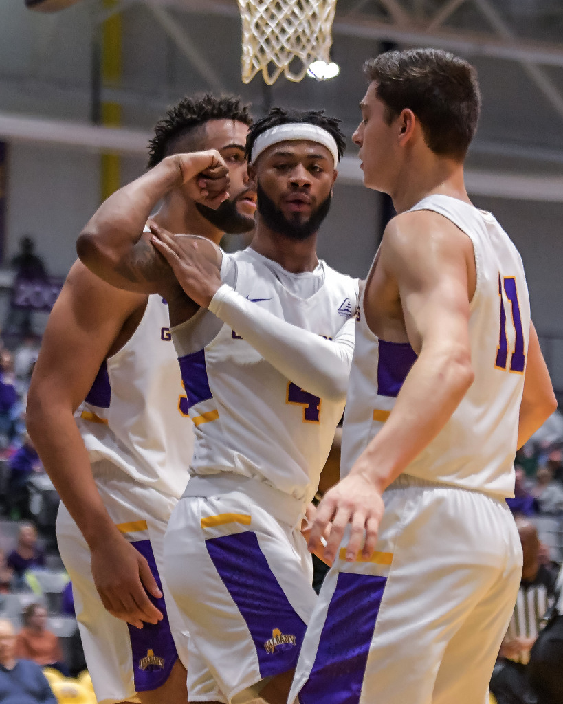 _big_073_14December19_Niagara_vs_UAlbany